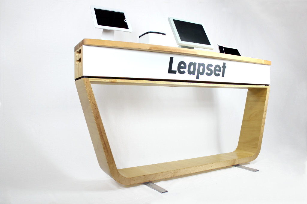 Leapset Demobox & Table 2 - lighter