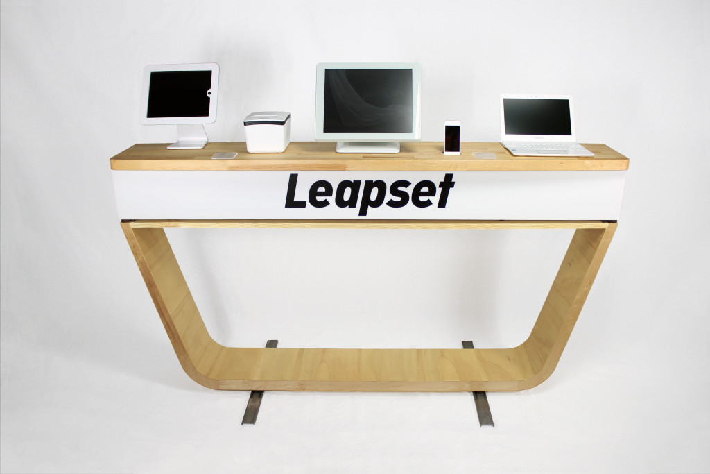 Leapset Demobox & Table 3 - lighter